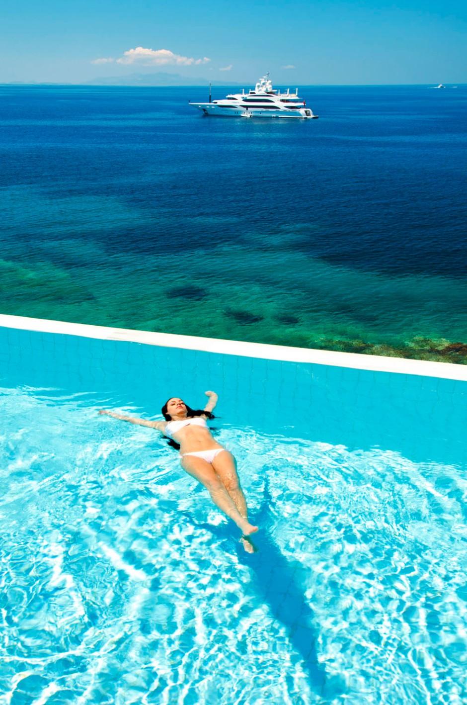 Petasos-Beach-Resort-Spa-Mykonos-08