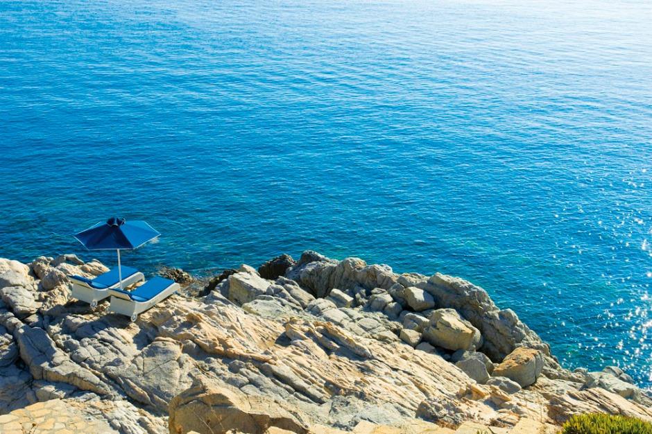 Petasos-Beach-Resort-Spa-Mykonos-11