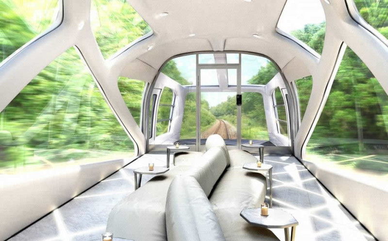 Luxury_train_Japan_railway_east_deck-800x497